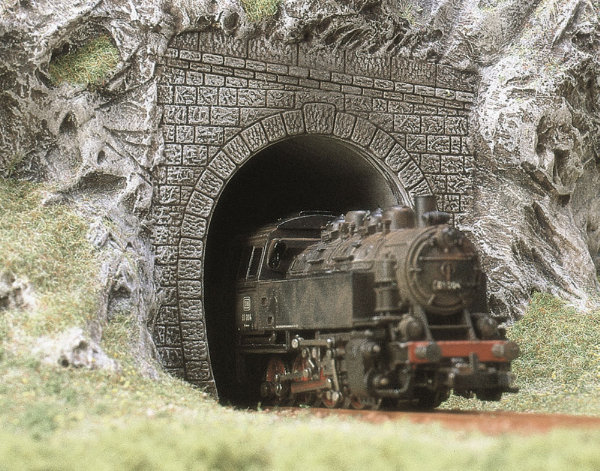 Busch N Steam Tunnel Portal 8190 Gmodelscene