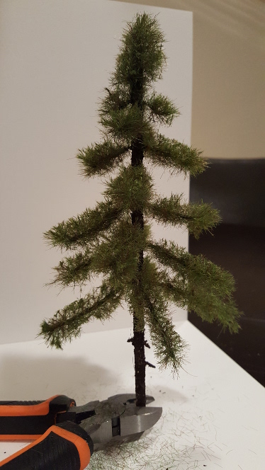 Making pine trees from scratch (00/H0 and N scale) – GModelScene